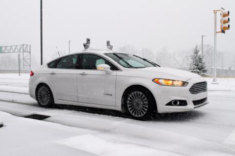 Ford начал тесты автономных автомобилей в условиях заснеженных дорог