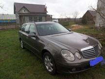 Mercedes-Benz E-Class T-model