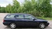Форд мондео 1,2 универсал по запчастям.