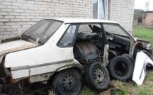 По зап. частям аварийный ВАЗ-21099