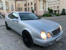 Mercedes-Benz CLK 230