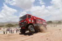 Белорусские гонщики столкнулись с аномальной жарой на «Дакаре»