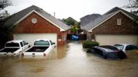 От урагана Харви в США пострадало более полумиллиона автомобилей
