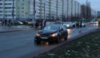 В Минске Lexus наехал на девушку. ГАИ ищет свидетелей